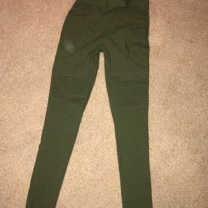 Olive green leggings